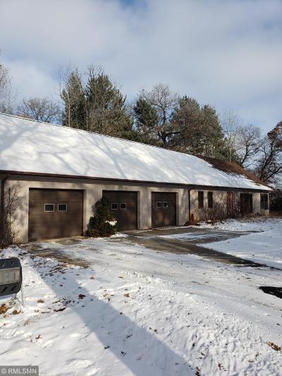 Isanti Single Family Home For Sale: 3330 Ten Oaks Street S