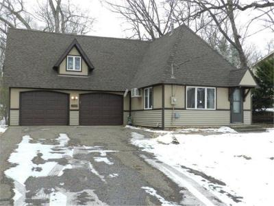 North Saint Paul Single Family Home For Sale: 2065 Flanders Road