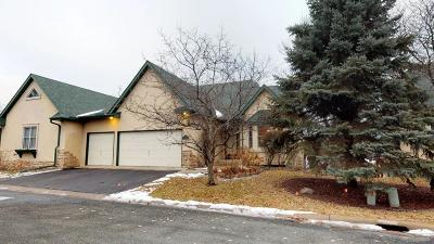 White Bear Lake Condo/Townhouse For Sale: 4740 Birch Cove Drive