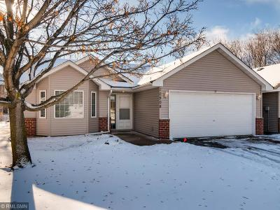 Coon Rapids Condo/Townhouse For Sale: 10508 Redwood Street NW