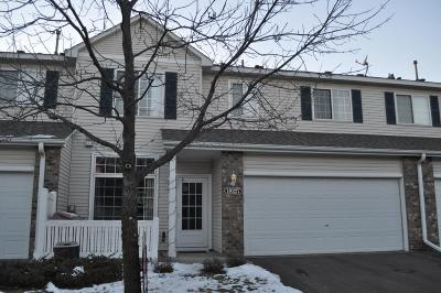 Maple Grove Condo/Townhouse For Sale: 18227 69th Place N