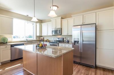 Woodbury Condo/Townhouse For Sale: 10781 Retreat Lane