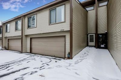 Apple Valley Condo/Townhouse Contingent: 13731 Hemlock Court