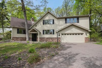 Minnetonka Single Family Home For Sale: 13910 Hill Ridge Drive
