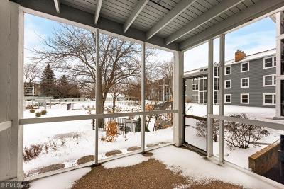 Minnetonka Condo/Townhouse For Sale: 3030 Saint Albans Mill Road #112
