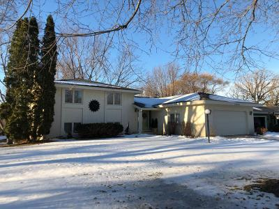 Plymouth Single Family Home Contingent: 10930 39th Avenue N
