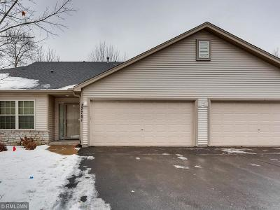 Chisago City Condo/Townhouse For Sale: 27761 Woodland Drive