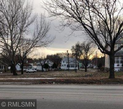 Residential Lots & Land For Auction: 302 Como Avenue
