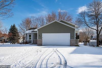 Lino Lakes Single Family Home For Sale: 7184 Whippoorwill Lane