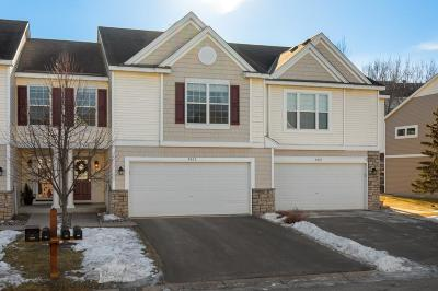 Prior Lake Condo/Townhouse Contingent: 4923 Bluff Heights Trail SE