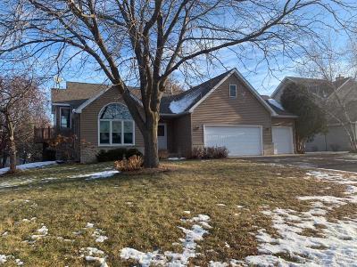 Woodbury Single Family Home For Sale: 2111 Woodbridge Way