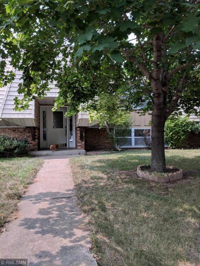Condo/Townhouse For Sale: 60 Greenstone Lane
