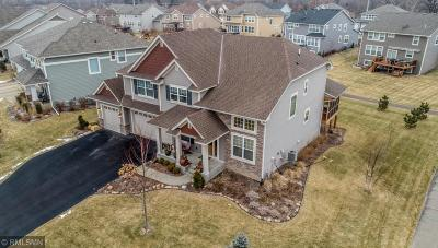 Eagan Single Family Home For Sale: 3638 Woodcrest Circle