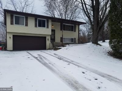 Eagan MN Single Family Home For Sale: $216,600