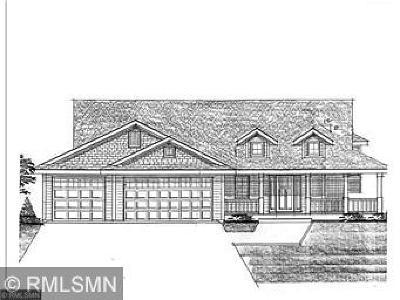 Shoreview Single Family Home Contingent: 5yy Vicki Lane