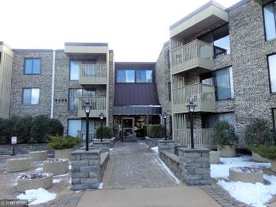 Bloomington Condo/Townhouse For Sale: 9400 Old Cedar Avenue S #241