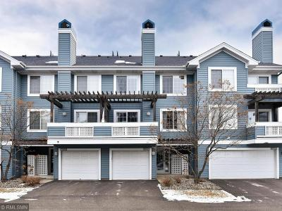 Plymouth Condo/Townhouse For Sale: 15600 24th Avenue N #G