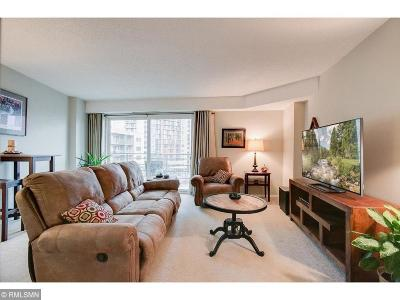 Condo/Townhouse For Sale: 210 W Grant Street #609