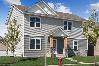 Chaska Single Family Home For Sale: 2744 Clover Ridge Drive