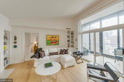 Minneapolis Condo/Townhouse Contingent: 1235 Yale Place #1705