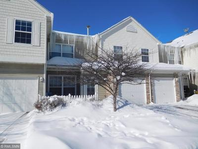 Apple Valley Condo/Townhouse Contingent: 15054 Dunwood Trail #18