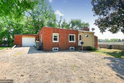Crystal Single Family Home Contingent: 4308 Douglas Drive N
