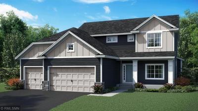 Lakeville Single Family Home For Sale: 16035 Estate Lane