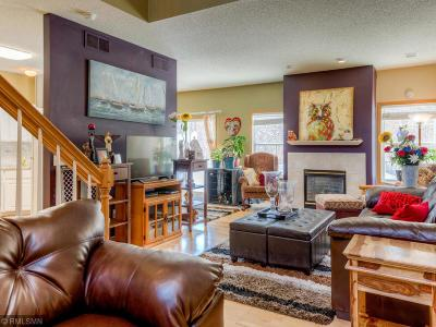 Shakopee Condo/Townhouse For Sale: 7331 Derby Lane