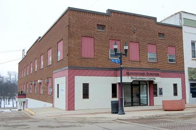 Commercial For Sale: 301 N 1st Street