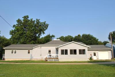 Clara City, Montevideo, Dawson, Madison, Marshall, Appleton Single Family Home For Sale: 1401 N Bruce Street
