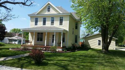 Clara City, Montevideo, Dawson, Madison, Marshall, Appleton Single Family Home For Sale: 721 3rd Avenue