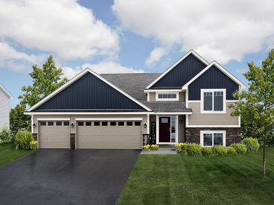 Lakeville Single Family Home For Sale: 17860 Embers Lane