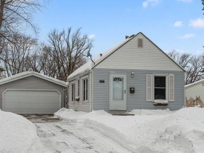 Bloomington Single Family Home For Sale: 8212 Blaisdell Avenue S