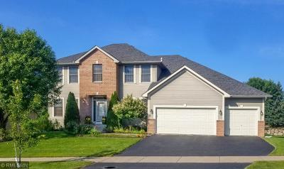 Maple Grove Single Family Home For Sale: 6635 Merrimac Lane N