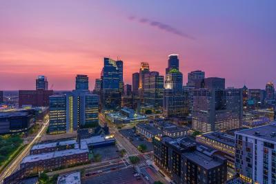 Minneapolis Condo/Townhouse Contingent: 929 Portland Avenue #2606