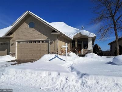 Eden Prairie Condo/Townhouse For Sale: 9425 Libby Lane