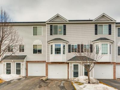 Apple Valley Condo/Townhouse For Sale: 15515 Float Lane #147