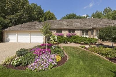 Edina Single Family Home For Sale: 5212 Larada Lane