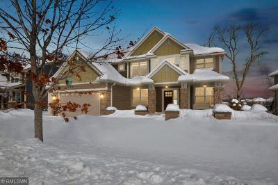 Plymouth Single Family Home For Sale: 5290 Black Oaks Lane N