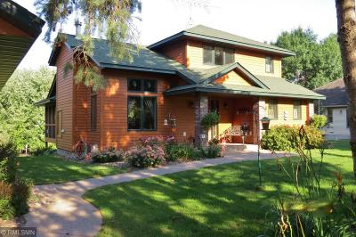 Pine County Single Family Home For Sale: 9045 Maple Shores Drive