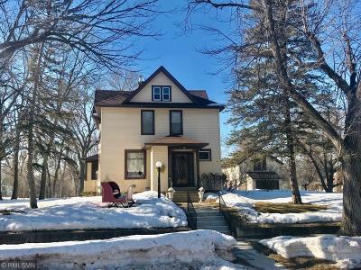 Clara City, Montevideo, Dawson, Madison, Marshall, Appleton Single Family Home Contingent: 407 N 5th Street