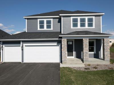 Orono Single Family Home For Sale: 520 Sandhill Drive