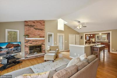 Minnetonka Single Family Home For Sale: 4705 Parsons Close