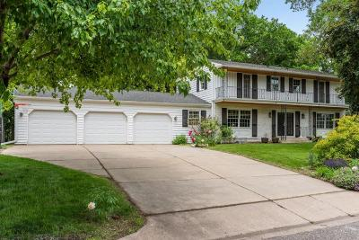 Edina Single Family Home For Sale: 6708 Rosemary Lane