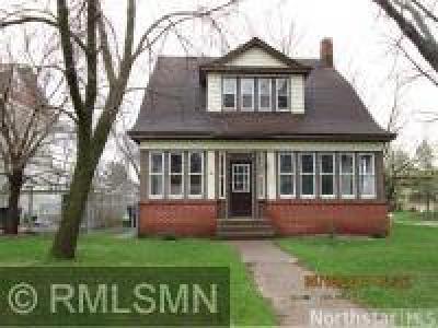 Saint Cloud Single Family Home For Sale: 1530 8th Avenue S