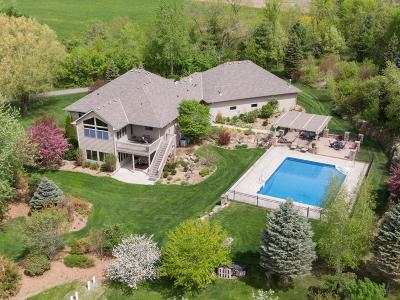 Scott County Single Family Home For Sale: 1651 Avalon Trail