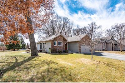 Isanti Single Family Home Contingent: 1310 Blossom Boulevard NW