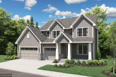 Chanhassen Single Family Home For Sale: 7535 Fawn Hill Road