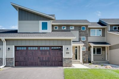 Woodbury Condo/Townhouse For Sale: 10783 Retreat Lane