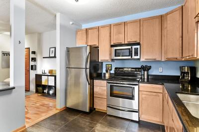 Minneapolis Condo/Townhouse Contingent: 4824 E 53rd Street #316